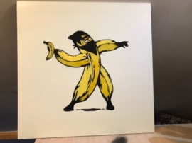 Tee Wat - The Banana Thrower 1